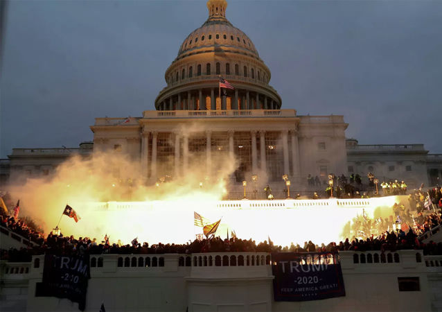 美国国会大厦骚乱