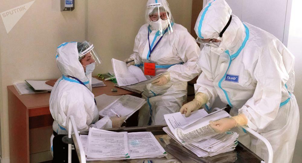 俄罗斯新增新冠病毒感染病例18241例,这是自去年11月3日以来首次低于1.9万例