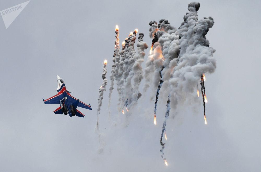 捍卫蓝天:俄联邦歼击机