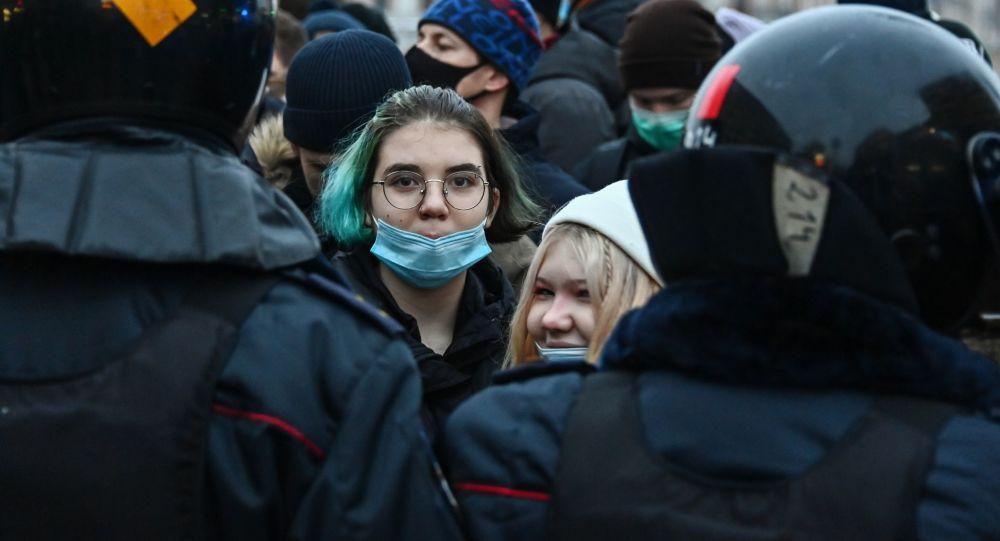 俄内务部:周六近4000人参加莫斯科非法集会