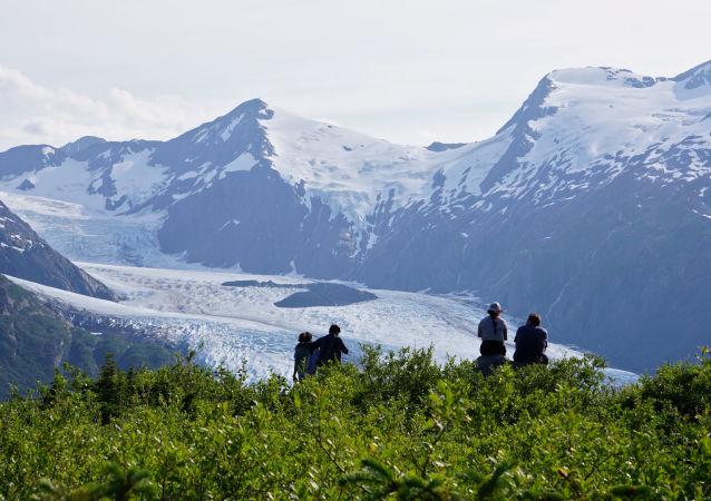 肉眼直击阿拉斯加冰川消融