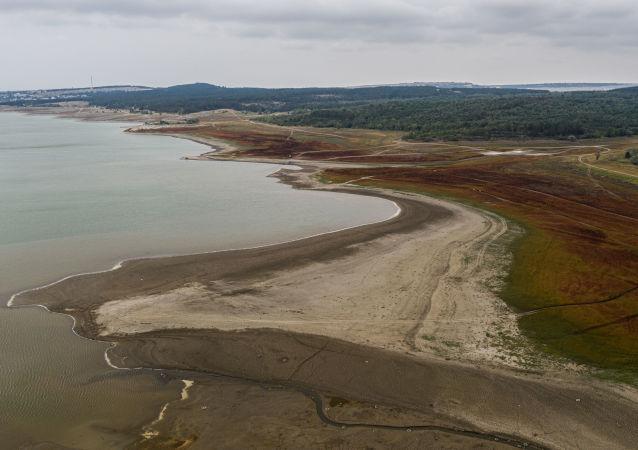 克里米亚的河道和水库