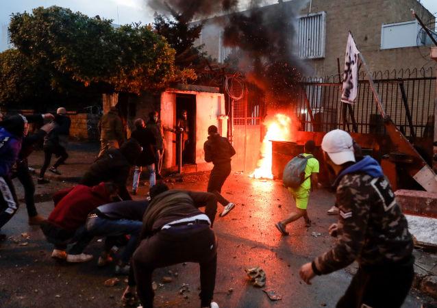 联合国儿童基金会:70多名儿童在黎巴嫩的黎波里骚乱中受伤