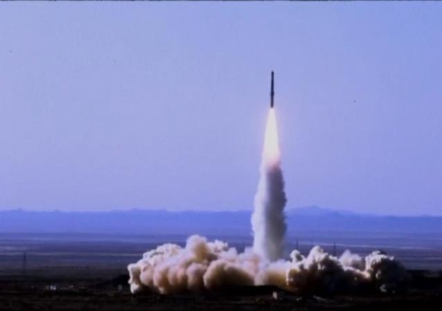 伊朗成功试射新型卫星运载火箭