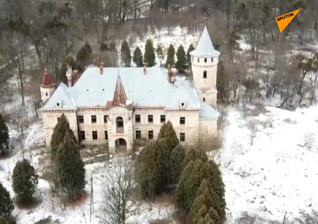 乌克兰十九世纪废弃宫殿