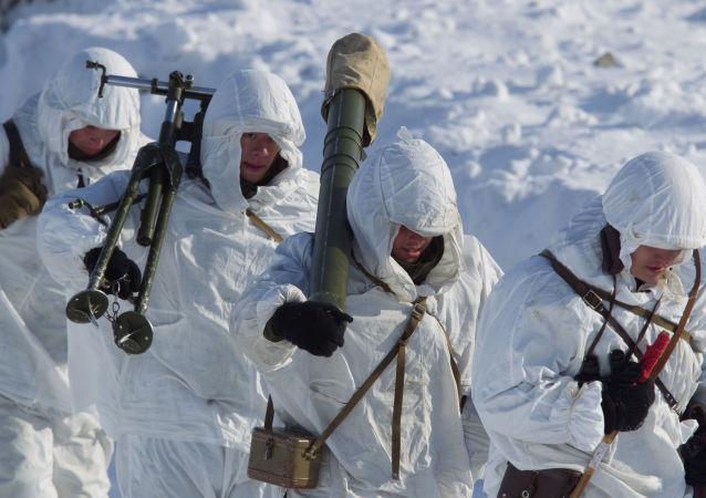 俄军组建岸防新师 拱卫北方海路