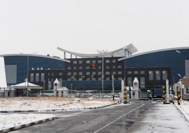 今年四月外贝加尔斯克至满洲里口岸俄中进出口货运量为157万吨