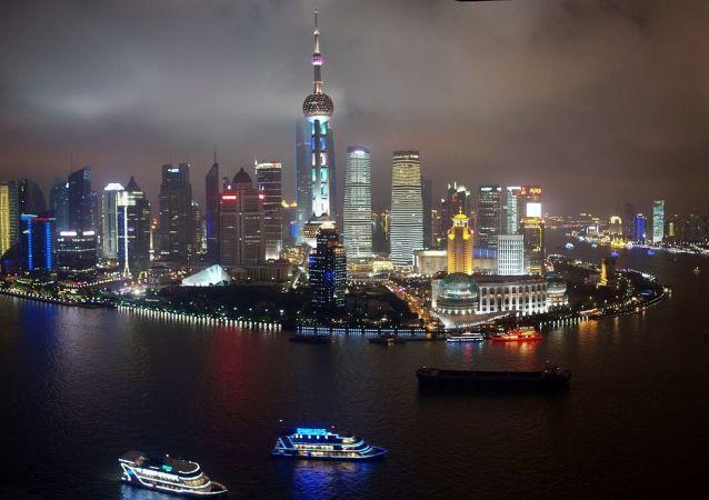 中国银监会主席:外国资本流入中国的规模和速度在可控范围内