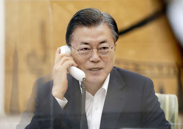 文在寅:韩国政府希望韩朝和朝美能重启对话与合作