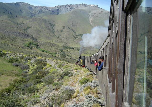 阿根廷铁路