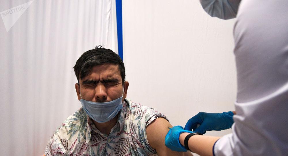 """巴基斯坦卫生部证实""""卫星V""""疫苗在巴获批使用"""