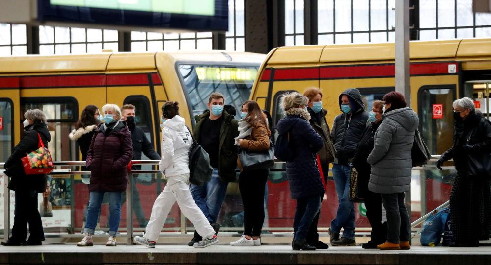 德国单日新增新冠病毒感染病例超8000例