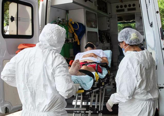 巴西卫生部:全国新冠病毒感染确诊病例一日新增5.67万例