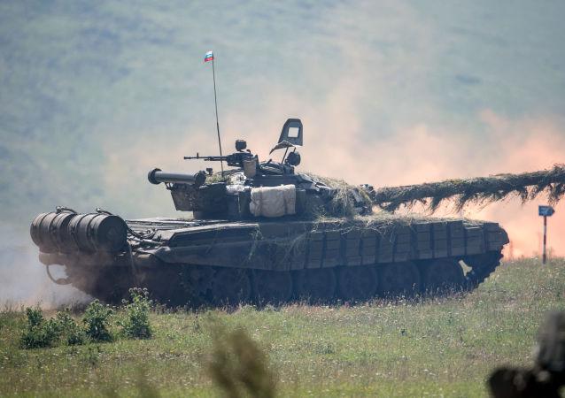 俄罗斯T-80坦克