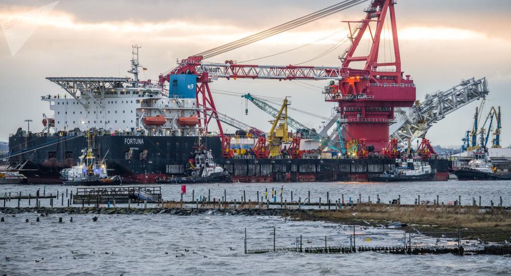 俄罗斯Fortuna铺管船