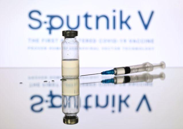 """""""卫星-V""""新冠疫苗"""