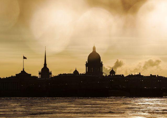 成都至圣彼得堡首趟中欧班列开行