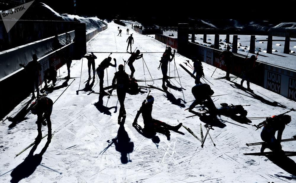 斯洛文尼亚波克留卡,冬季两项世锦赛的追逐赛现场。