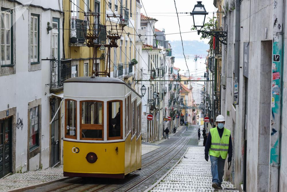 葡萄牙Rue de Beca de Duarte Belo大街。