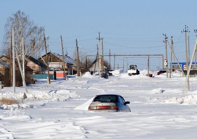 俄车里雅宾斯克市中小学生因严寒连续第三天停课