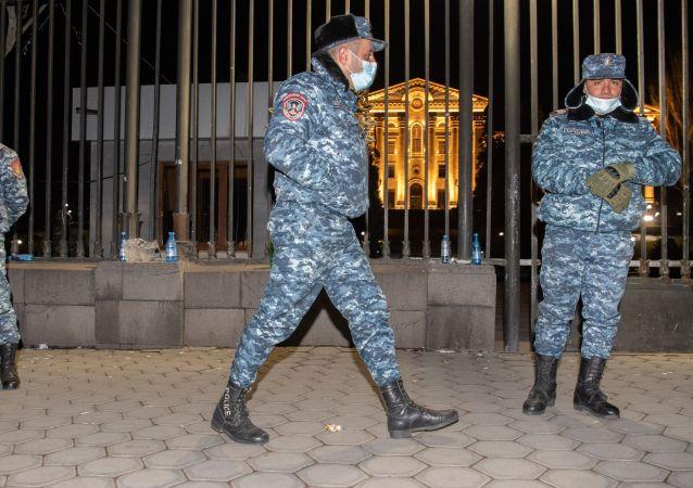 亚美尼亚联合反对派将在议会大楼附近举行集会