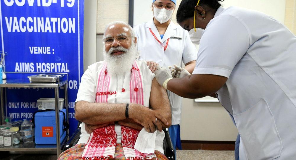 印度总理接种印度国产新冠疫苗