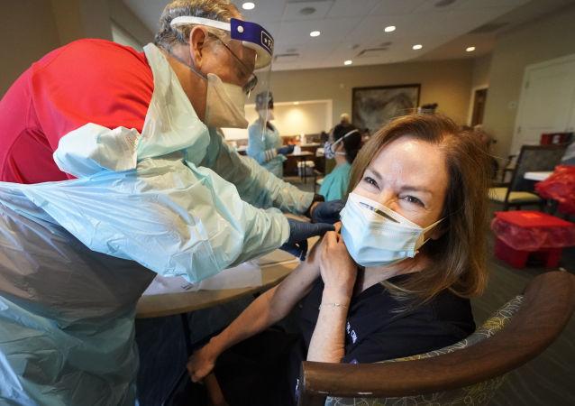 美疾病控制和预防中心:美国已有超过1亿人接种至少一剂新冠疫苗