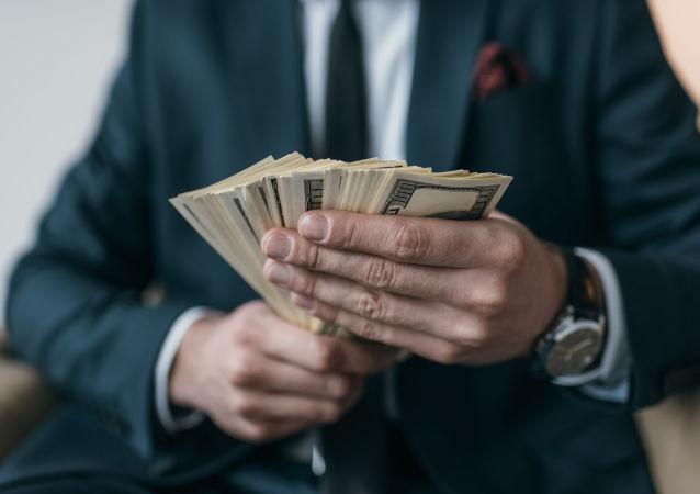 俄专家:俄中贸易结算去美元化进程需要时间