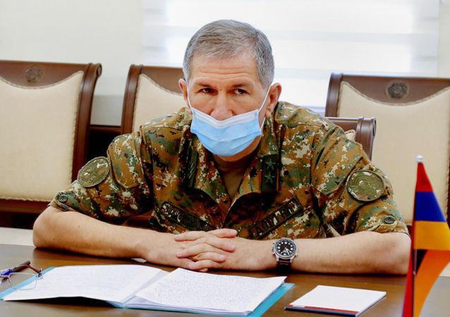 亚美尼亚武装力量总参谋长加斯帕良