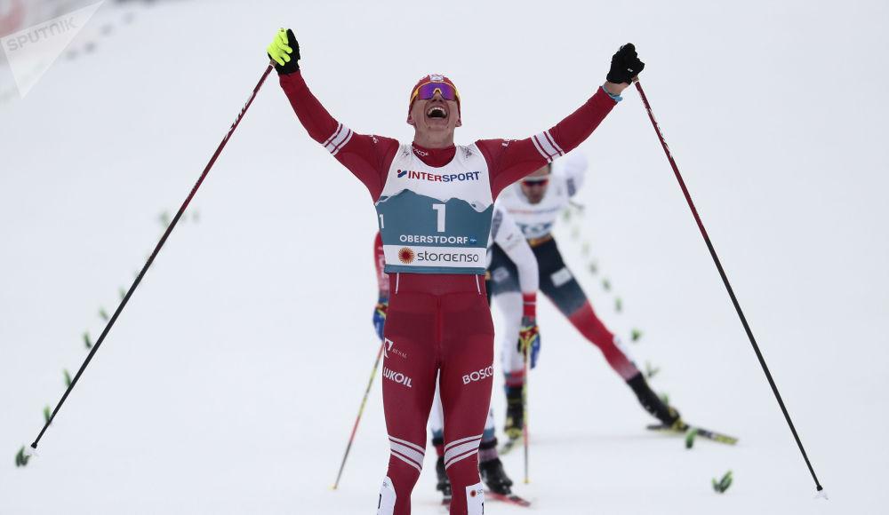 俄罗斯运动员博尔舒诺夫参加奥伯斯特多夫滑雪世锦赛。