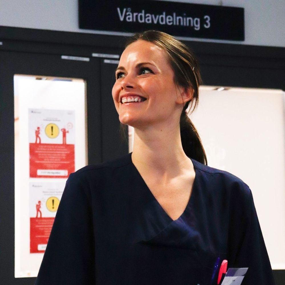 瑞典索菲亚公主圆满结束在索菲亚梅特医院为期三天的速成医护培训课。