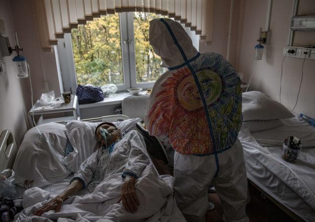 俄专家:俄没有因新冠疫情进行全国封锁的风险