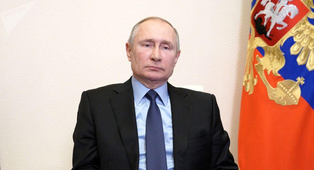 普京:美国将不得不重视俄罗斯