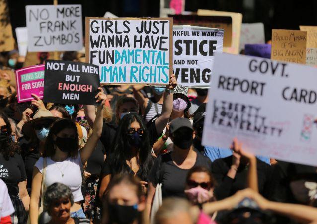 澳大利亚反性侵示威