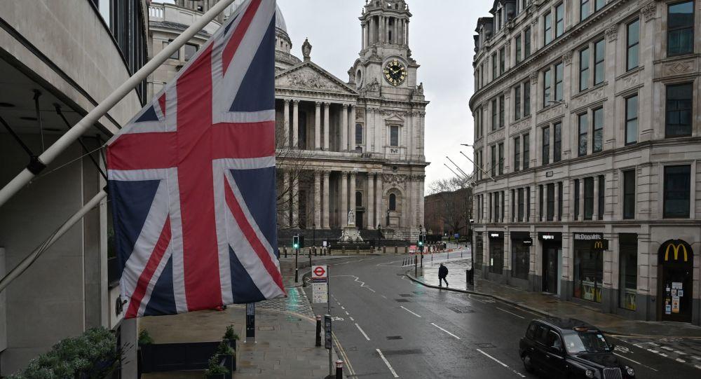 """媒体:英国将出台新法律打击诸如俄罗斯和中国在内的""""敌对国家"""""""