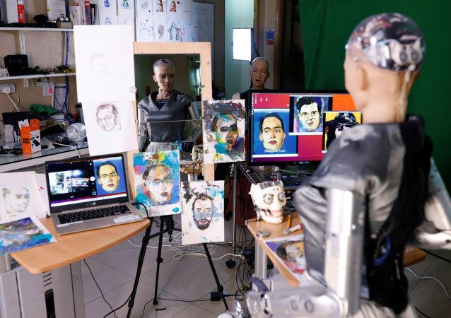 中国香港汉森机器人技术公司(Hanson Robotics )的类人机器人索菲亚的画作,即将在香港拍卖。