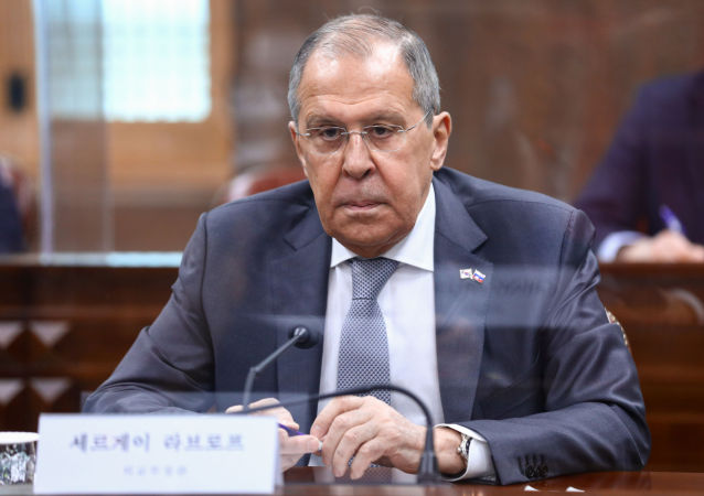 """俄外长:西方认为俄罗斯军演后""""退缩""""是一厢情愿"""