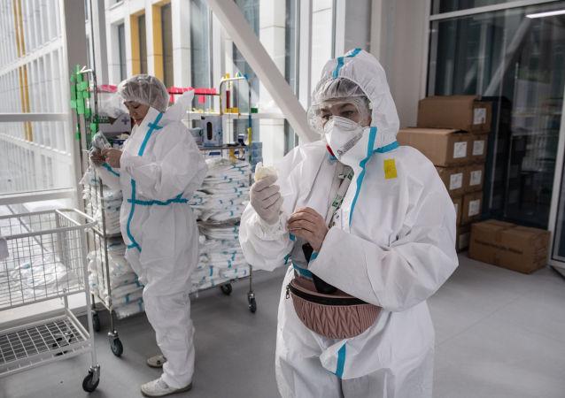 俄防疫指挥部:俄单日新增新冠病毒感染病例9169例
