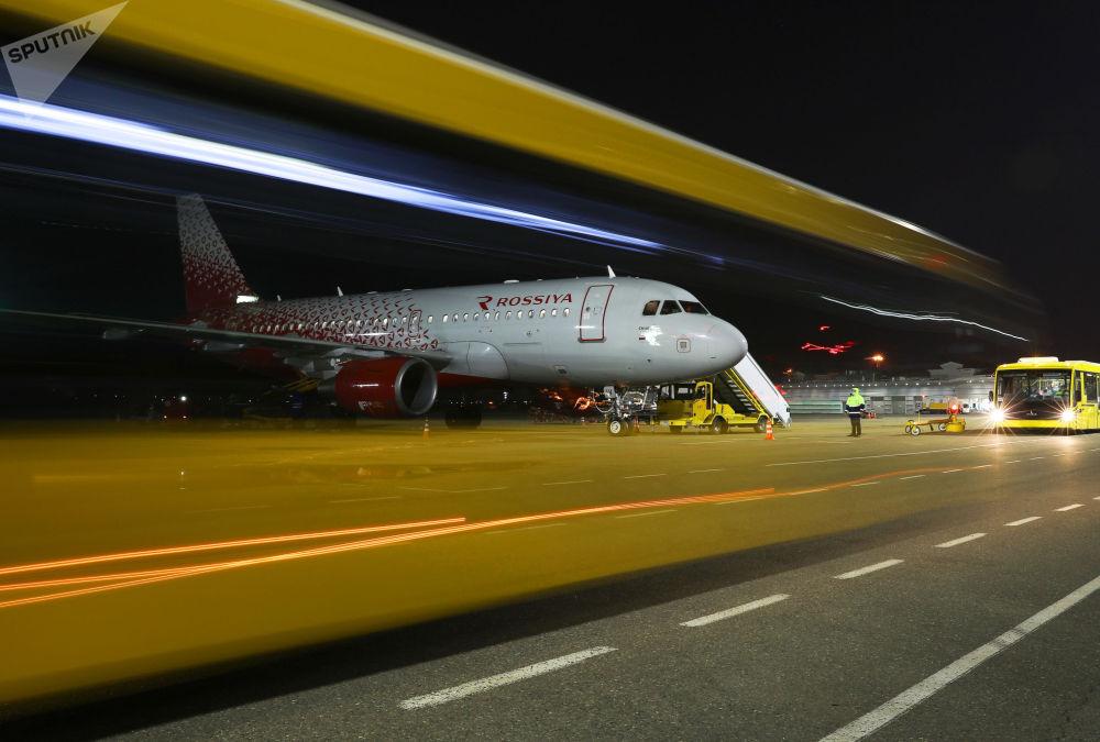 克拉斯诺达尔机场摄影。