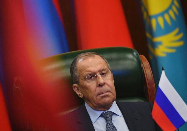 俄外长称称英国情报局局长的言论透露出天生的傲慢