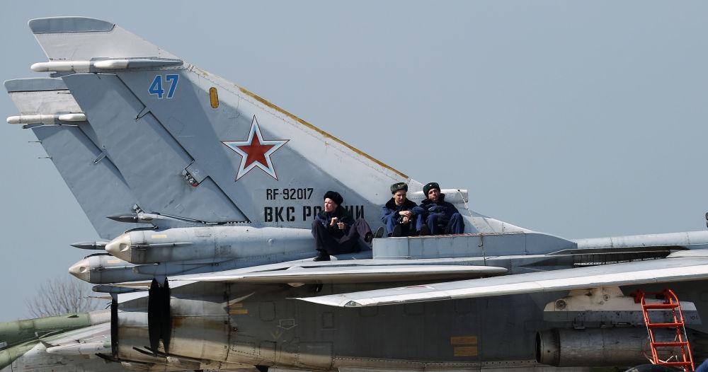 """南部军区""""航空飞镖-2021""""比赛现场"""