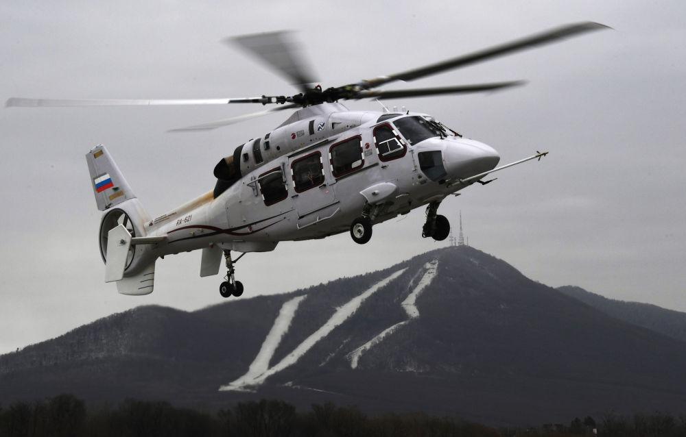 试飞卡-62直升机