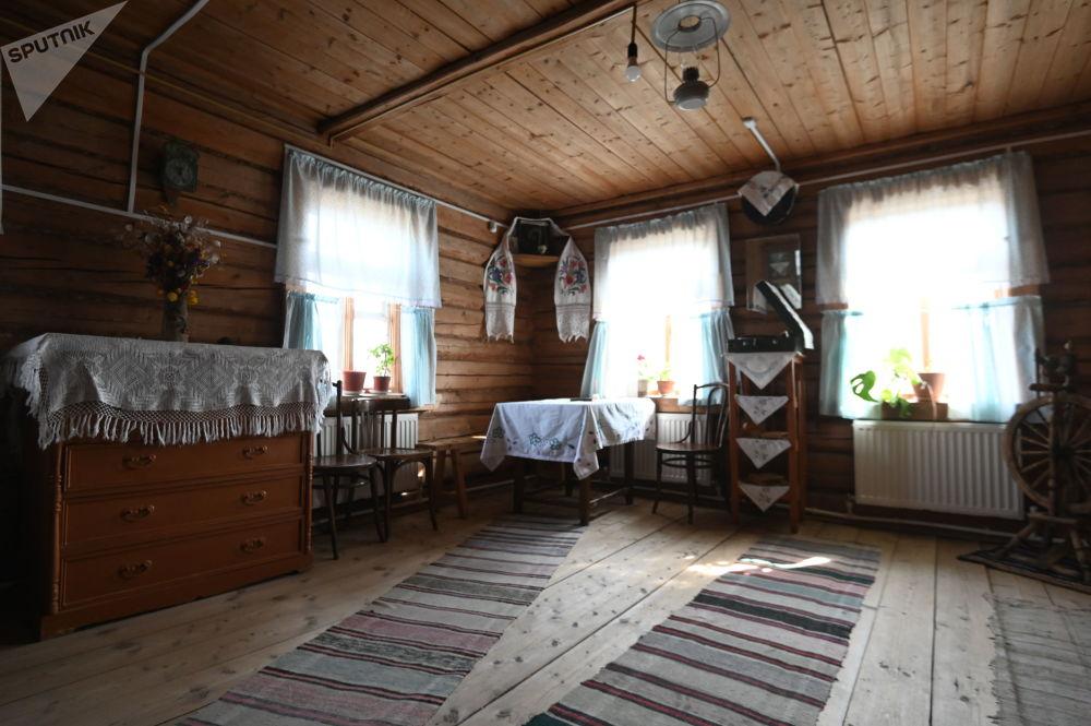 斯摩棱斯克州克卢希诺村加加林幼儿时期故居博物馆。