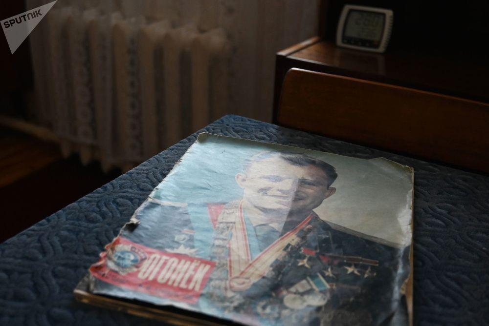 加加林市加加林学生时代故居博物馆珍藏的《灯火》画报。