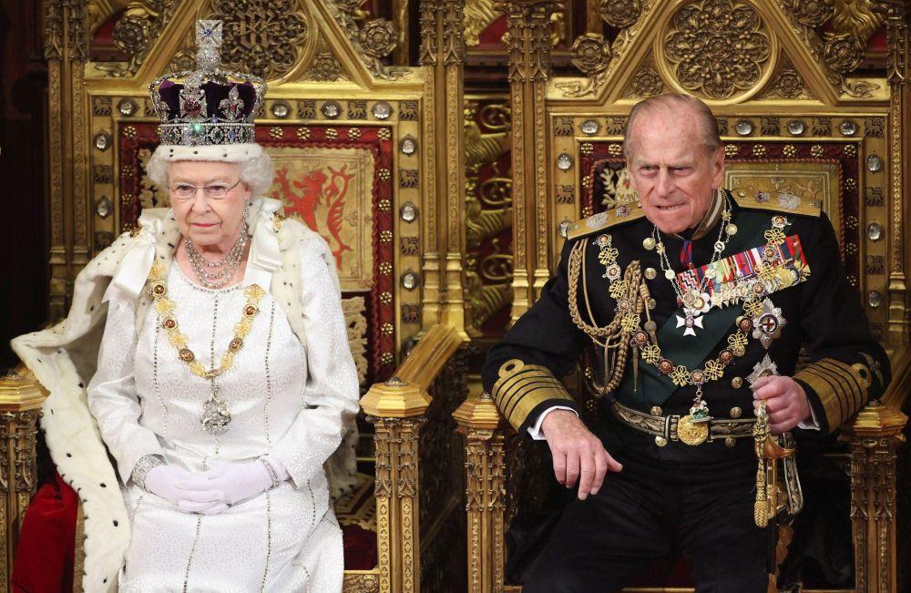 英国女王伊丽莎白二世与菲利普亲王。