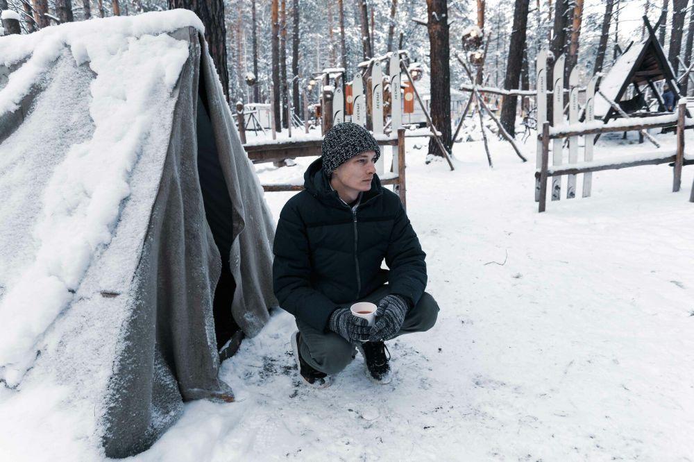 """""""我爱上了俄罗斯。我很想留在这里。首先在这里,你可以看到独有的美丽的四季。我第一次过了一个有雪的圣诞节。我爱上了俄罗斯的建筑。我拍了很多照片。"""""""