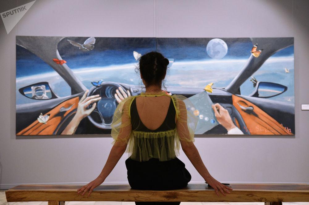 """莫斯科市Artstory画廊举行""""宇宙属于我们!""""展览。"""