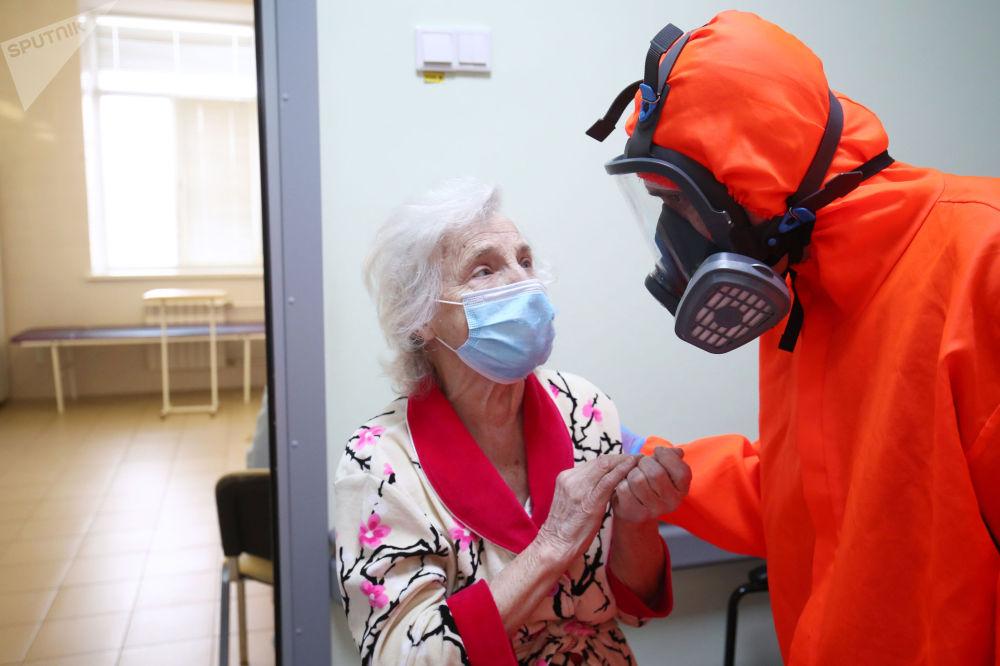 伏尔加格勒市第7医院救治新冠肺炎患者。