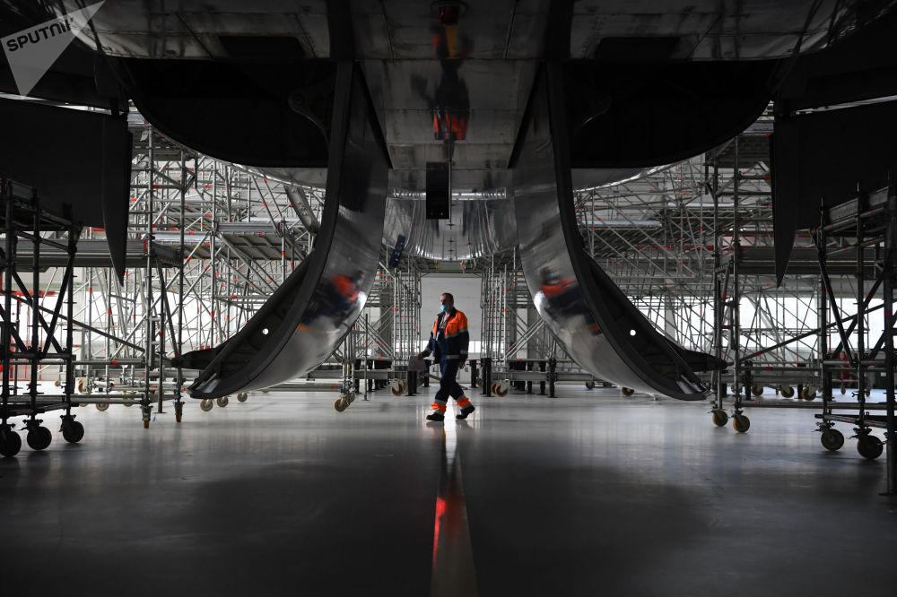 谢列梅捷沃机场新型机库设施。