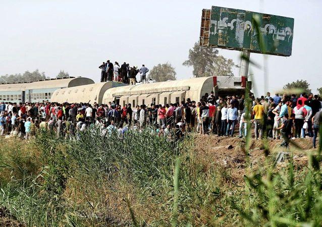 埃及列车脱轨事故